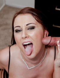 MILF pornstar Alexis Mercy slamming out her spunk covered tongue while getting on all fours