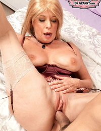Luxurious mature lady Lexi McCain has her pussy packed with man juice by Latino paramour