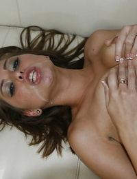 Riley Reid gets seduced and involved into firm sex completing up with a facial cumshot