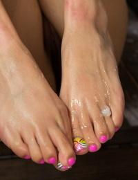 Foot Adore Aria Arial- Maitresse Madeline Marlowe- Xander Corvus