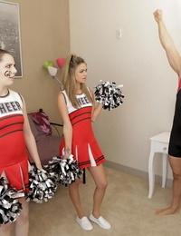 Cheerleader athena faris fucks friends man-meat - part 424