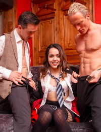Latina esperanza del horno debuts at personal with her very first double penetration - part 1990