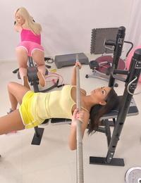A tough vagina workout - part 569
