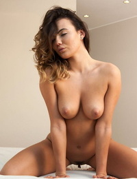 Vanessa decker splays her gams and stick her finger into her beaver - part 251