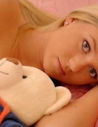Heavenly gorgeous blond alison angel bare - part 762