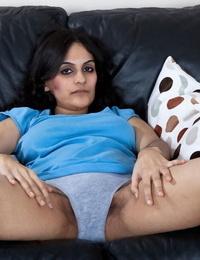 Pretty sadism arab woman riani wanking - part 896