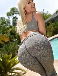 Teen first timer kylie page gliding yoga pants over meaty pouch beside pool - part 1715
