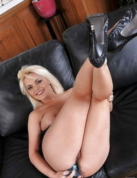 No one knew how hungry this blonde babe Dominica could be for anal hook-up