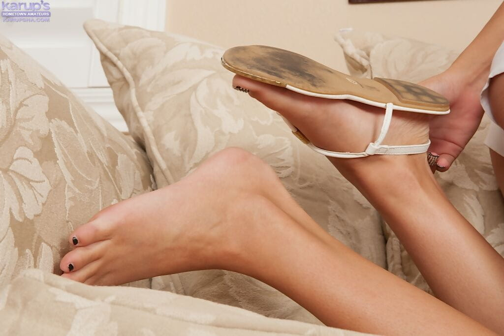 Strippen Junge Amateur Teenager Halsey Strips