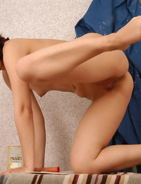 Asian very first timer Elena undressing to exhibit shaven pussy in barefeet