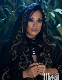 Handsome asian MILF Kaylani Lei unveiling her lively curves