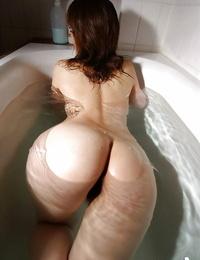 Titillating asian cutie with tempting fanny Mai Kitamura taking bath