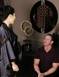 Ravishing asian masseuse gives a decent soapy approach to her lucky client