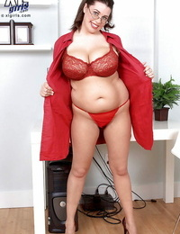 Heated dickblowers in glasses Dallas Dixon denudes her thick tits and ass from panties