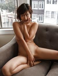Bodacious Asian amateur Saki Kishima showcasing her bod while showering