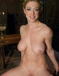 Busty lady Dee Williams will show us her curves while being fully nude.