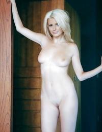 Pretty blond honey Stephanie Branton showcasing her upbeat kinks
