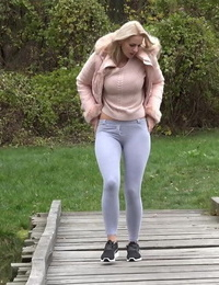 Blonde Katy Sky gushes her m2m beaver while squatting outside for a piss