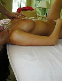 Oiled up honey with big tits Kourtney Kane gives a buns to a bare massseur