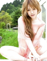 Alluring asian babe Ria Sakurai revealing her lil\' kinks outdoor