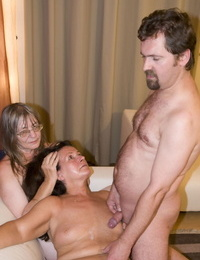 Thick granny puts on her huge strapon for a scorching FFM pegging threesome