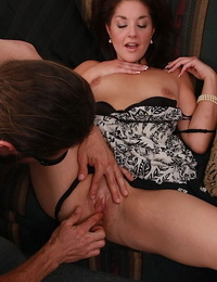 Bawdy Mummy has some beaver fingering joy and gives head for delicious jizz