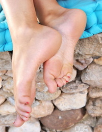 Hot Gams and Soles Charlotta