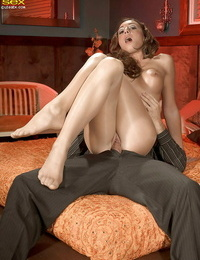 Lexa String up gets a pussy licking thru the tights and enjoys it.