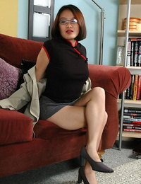 Glasses wearing Asian inexperienced spreading gams to uncover wooly g-spot