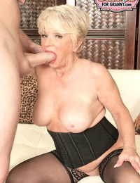 Gorgeous granny DeAnna Bentley gets her mature puss creampied