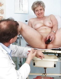 Fatty gets her mature shaven cunt opened up for a pleasure buttons gyno visit