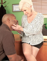 Mature sex therapist cant resist having sex with a hung dark-hued masculine