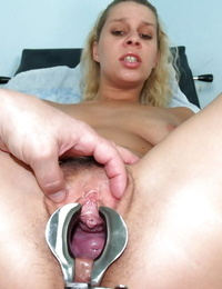 Fat tit ash-blonde gets finger-tickled by gyno doctor and spread her vulva