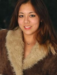 Amateur Asian model Tiffany onanism brilliant petite hooters outdoors