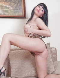 Dark haired honey Lisa in high heels opening up her hairy taut vagina