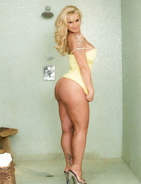 Tattooed light-haired honey Ryan Conner whipping out nice funbags in high high-heeled slippers