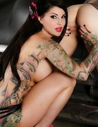 Tattooed sapphic Mummy Joanna Angel gets it on with fresh pal