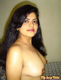 Warm Indian fledgling Neha Nair exposes her chubby boobs and chubby fatty ass