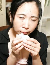 Fatty asian lady Yasuko Watanabe pleasuring her sadism cunt with hookup playthings