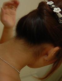 Bangable asian Mummy with lovely ass Machiko Nishizaki taking shower