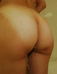 Asian girl Rinko Yoshitake takes shower and exposes her goods in close ups