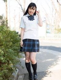 Horny Asian schoolgirl lifts up her miniskirt and wanks