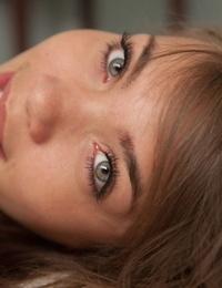 Green-eyed teenage gf Cassidy Ellis flaunting her inborn breasts & pussy