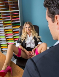 Blond secretary Natalia Starr tempts her boss with a no g-string upskirt