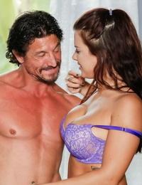 Latina rubdown therapist Keisha Grey pleasuring 2 guys as part job description