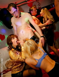 Seductive blond honeys getting jammed gonzo at the drunk gonzo party