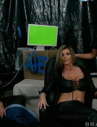 Veronica Rayne- Sophia Lomeli and Kristal Summers unclothe off uniform