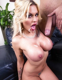 Unbelievably warm ash-blonde Candy Sexton deep throating a thick dick dry
