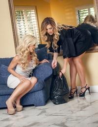 Luscious ash-blonde lesbos have some smooching and beaver slurping joy
