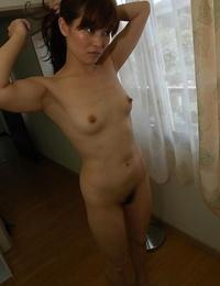 Svelte asian MILF with pointy titties Chieko Kitani taking shower
